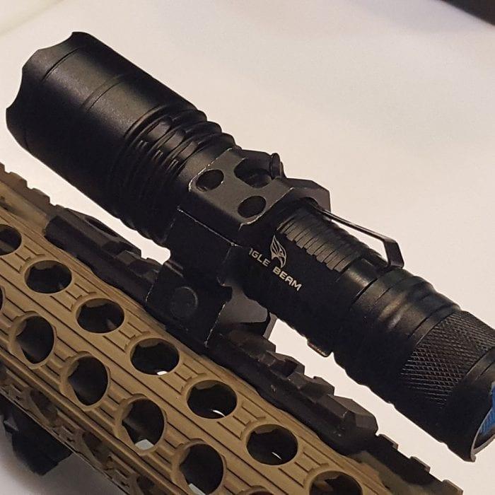 Flashlight Weapon Mount 08